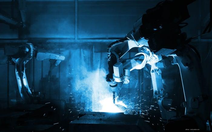 Metaalbewerkingmachines: 4 zaken waar je op moet letten bij robotisering